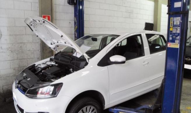 """Volkswagen Fox 1.0 """"tricilíndrico"""" encara a avaliação geral de reparadores"""