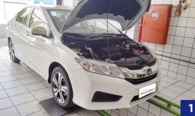 """Honda City 2015 1.5 CVT LX - Na avaliação dos reparadores, """"o que já era bom, ficou melhor ainda"""""""