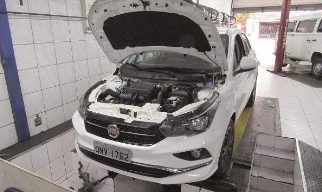 Fiat Cronos Precision 1.8 convence reparadores que sedãs compactos ainda resistem à febre dos SUVs