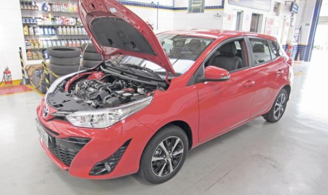 Toyota Yaris XS 1.5 AT capricha na engenharia reversa para facilitar o dia a dia dos reparadores