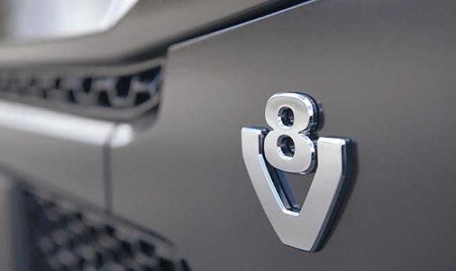 Motor diesel V8, lançado nos anos 60, se tornou uma lenda, foi renovado e despeja potência