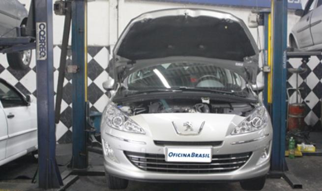 Peugeot 408 1.6 16V THP: simplicidade na manutenção agradou profissionais da oficina