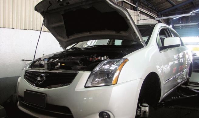 Sentra segue receita Nissan: simplicidade com um toque de tecnologia
