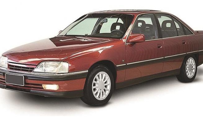 Omega CD 1996 com freio travado