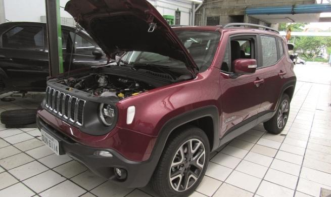 Jeep Renegade Longitude 2.0 Turbo tem robustez de  tanque e manda bem na reparabilidade e manutenção