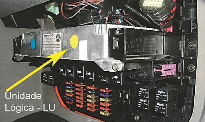 Componentes e cuidados na manutenção do ar-condicionado do VW MAN 19.420 - Parte 2