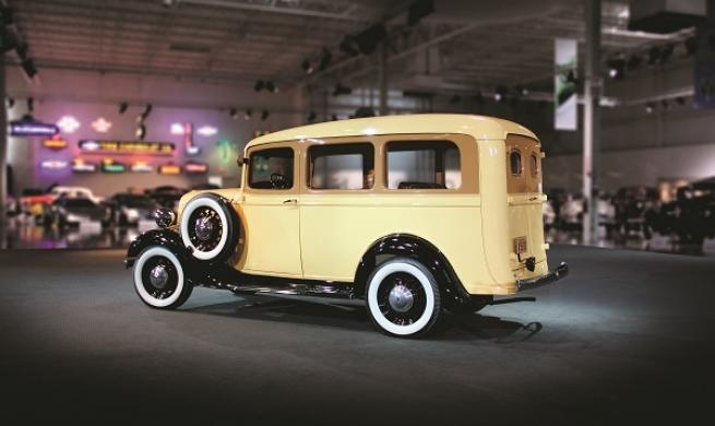 Chevrolet Suburban Carryall, ícone americano e o modelo mais antigo em produção no planeta