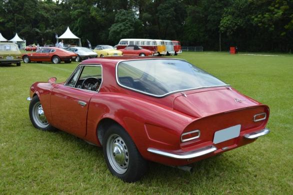 Puma DKW fez as honras e abriu caminho para os Pumas Volkswagen, no evento havia um Puma GT com raros acessórios de época como a capota rígida e o aerofólio
