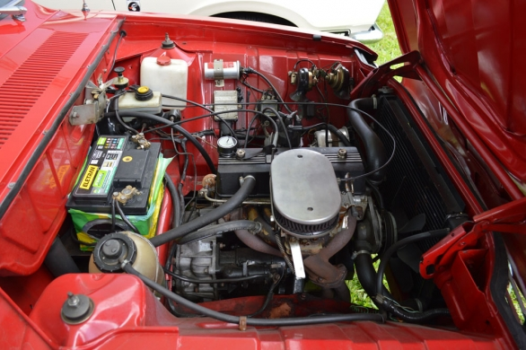 Um raro Ford Corcel 1971 4 portas com preparação especial Bino