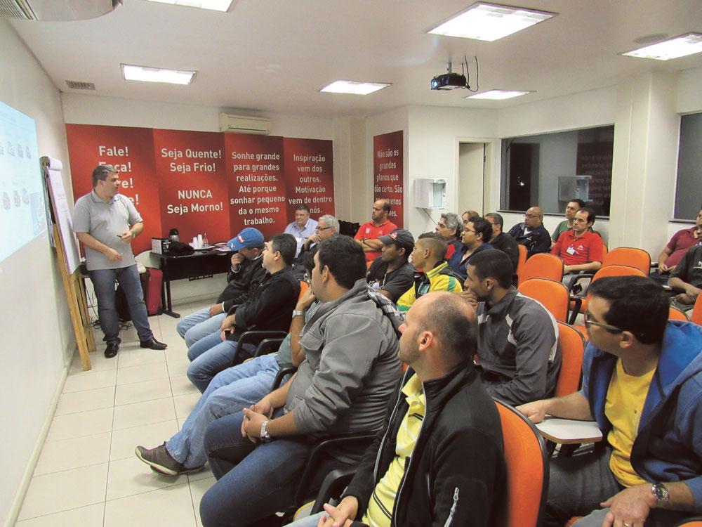 Primeiro treinamento da parceria PSA-Grupo SHC aconteceu em Jacarepaguá, no Rio de Janeiro