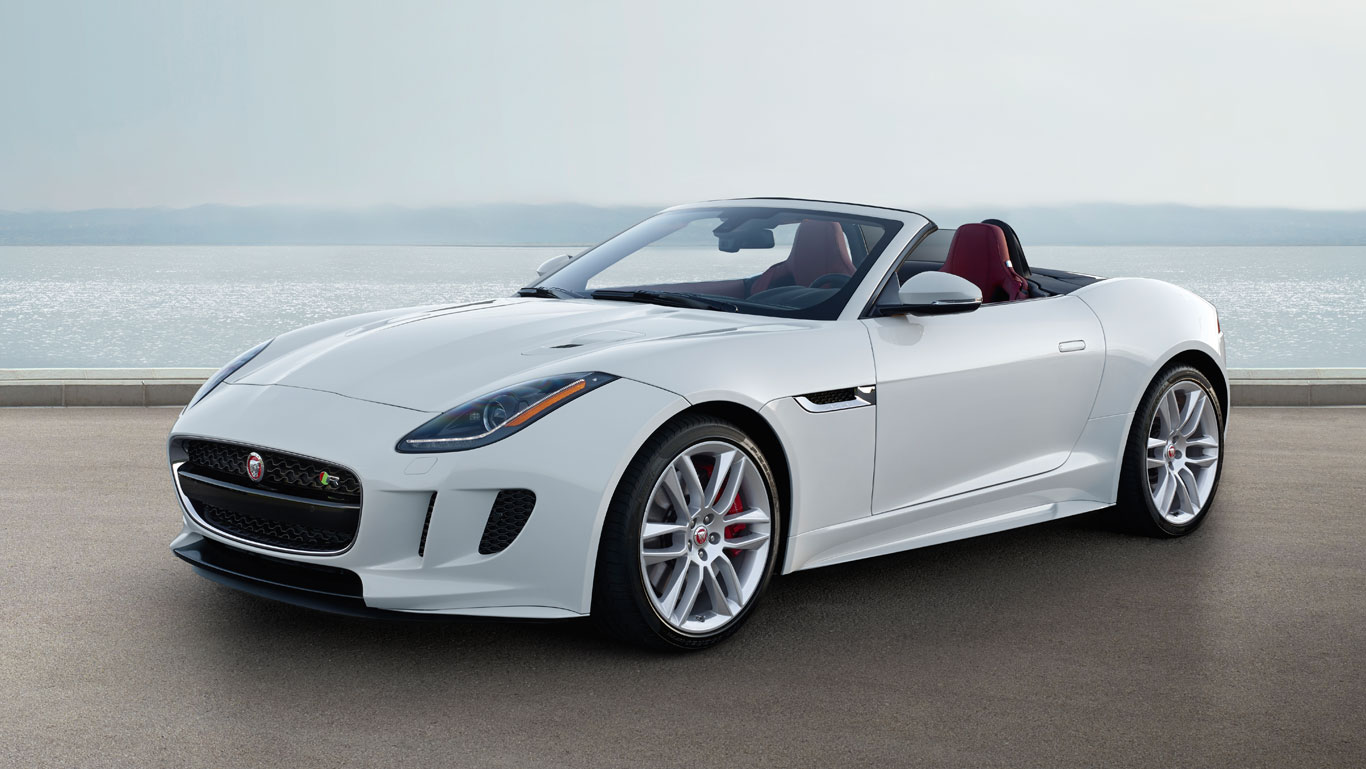 O Jaguar F Type Passou Por Modificações Básicas E Agora Comporta Gravações  Com A Go Pro. O Carro, Que Tem Previsão De Chegada Ao Brasil Em 2017, ...