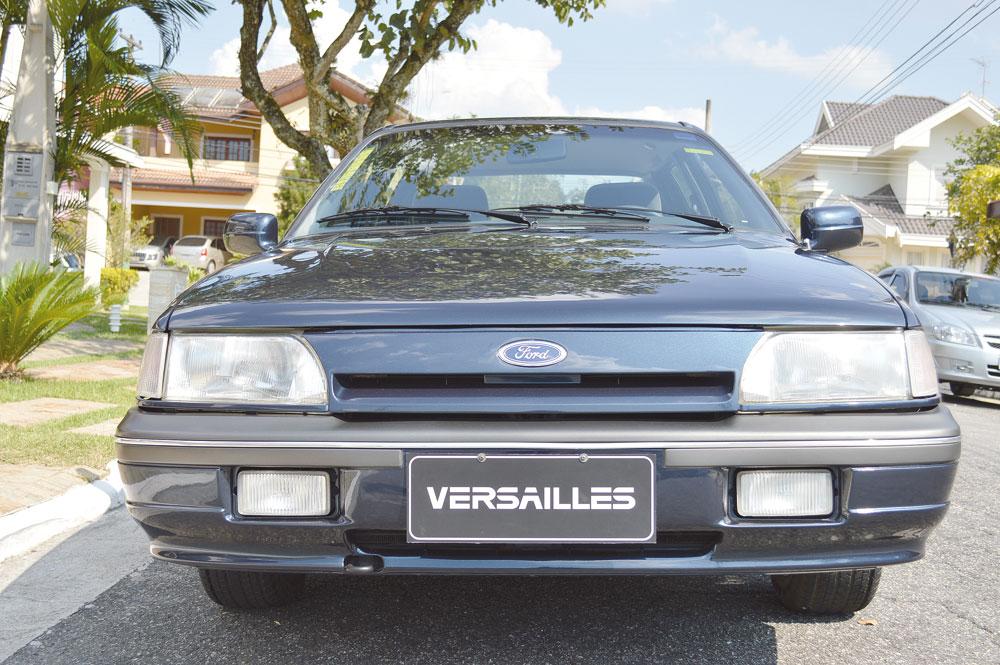 Os para-choques pintados na cor do carro deram um visual mais sofisticado ao modelo Ghia