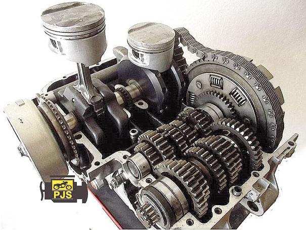Carcaça inferior e os componentes do motor - Kawasaki Ninja 500
