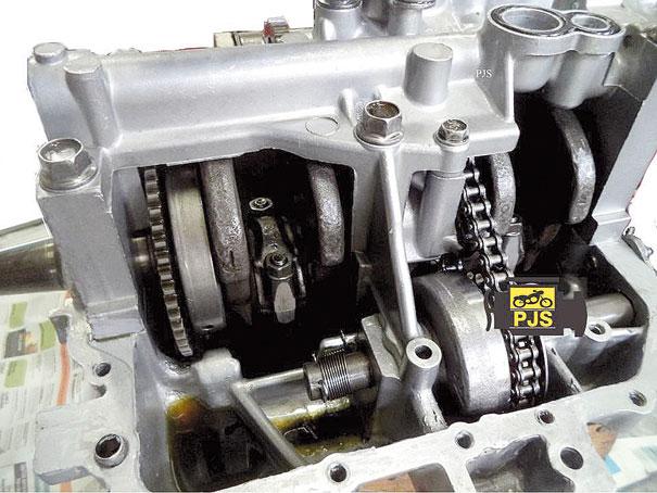 Carcaça inferior e mancal do virabrequim - Honda CB 400