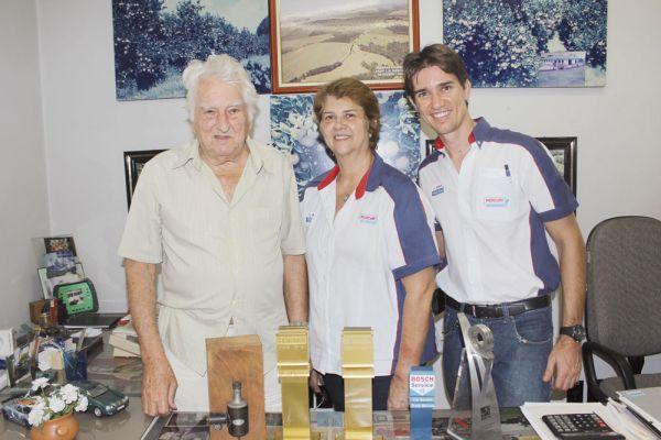 As três gerações: o avô Luiz Geraldo Mercuri, a filha Liselote e o neto Márcio