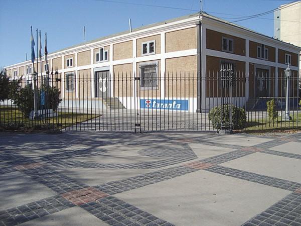 Taranto tem plantas nas cidades de San Juan, Buenos Aires e Córdoba