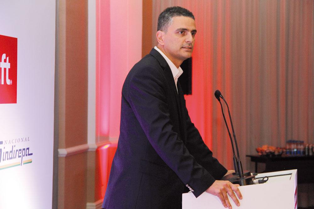 Natan Vieira, durante jantar no Hotel Grand Mercure