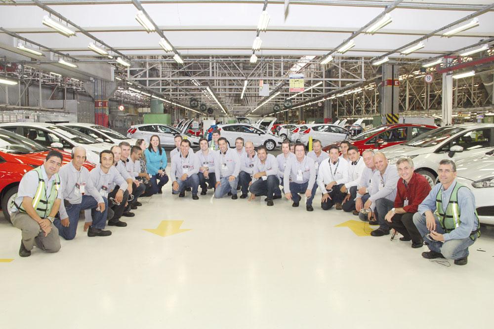 m dos pontos altos do GP Motorcraft foi a visita à fábrica da Ford em São Bernando do Campo com a presença dos dez finalistas que conheceram a linha de montagem do New Fiesta