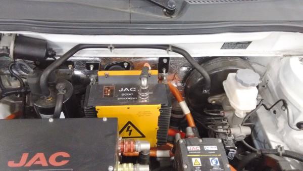 Freio de acionamento hidráulico, ABS e bomba de vácuo elétrica para o servo freio