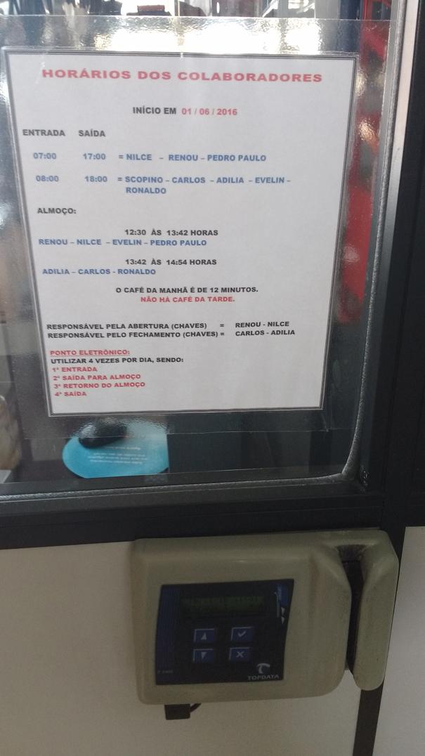 Cartão de ponto e horário de trabalho