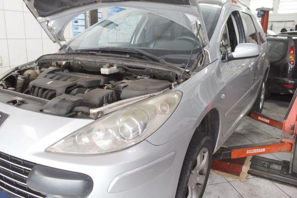 Versão SW do Peugeot 307 2.0 16V é avaliado de formas distintas pelos reparadores independentes