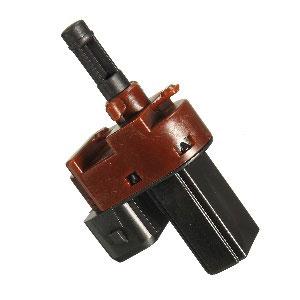 Fig. 07 – Interruptor do pedal de embreagem pertencente à linha VW
