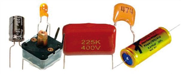 Fig. 6 – Modelos de capacitores
