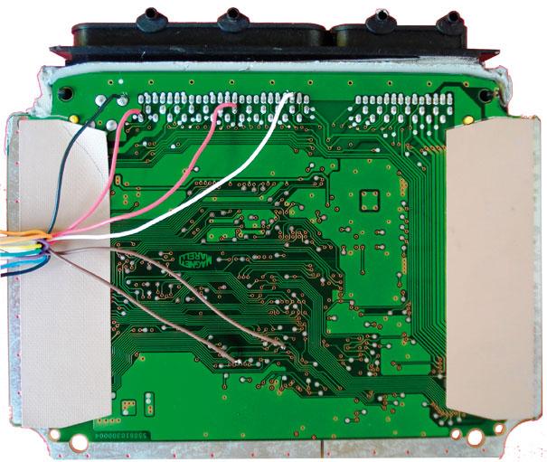 Identifique os pontos de soldas a serem realizados na ECU, de acordo com o aparelho com tais funções
