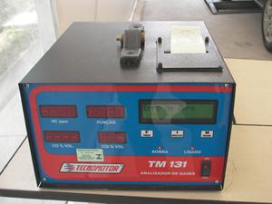 Analisador de gases pertencente a estação de inspeção veicular gratuita IVG