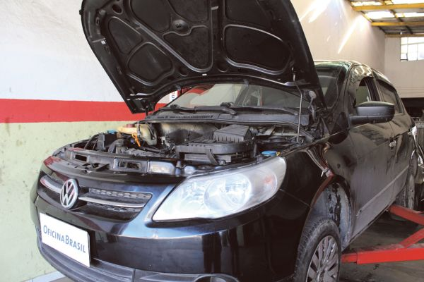 Voyage 2008 com motor 1.6 8V flex motor este denominado EA111 da VW, com 48630 Km rodados