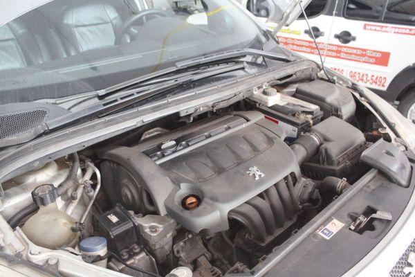 Motor 2.0 16V gasolina entrega potência de 143 CV a 6.000rpm e torque de 20 kgfm a 4.000 rpm