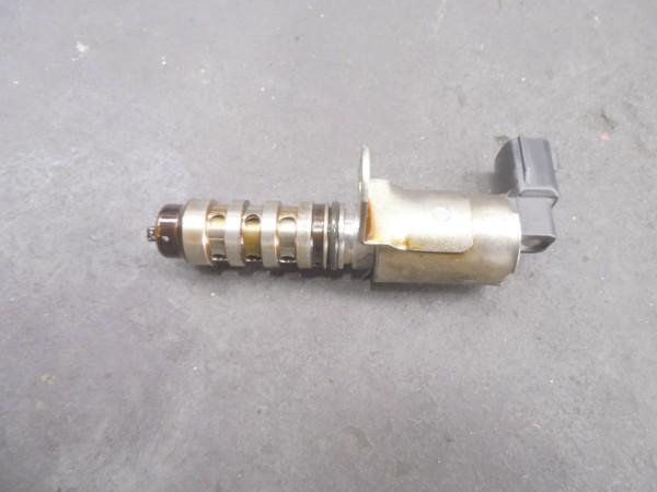 Válvula solenoide de controle da polia variável. Em destaque, local onde costuma quebrar