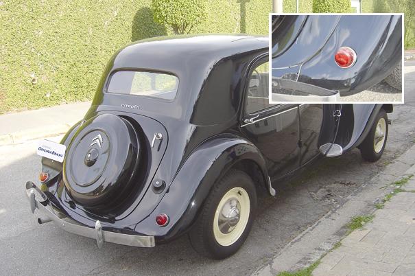 Batizado comercialmente de 11 Légère, ou ligeiro, foi o modelo mais vendido da Citroën no Brasil, no detalhe a pequena luz de freio