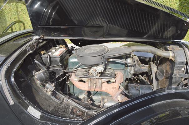 O motor de quatro cilindros e 1,9 litro de 46 cv prezava pela robustez e simplicidade de manutenção