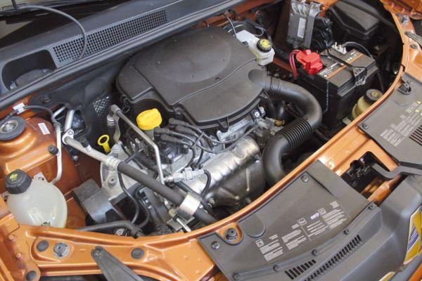Motor 1.6 8V Hi-Power Flex Fuel desenvolve 98CV (gasolina) e 106CV (etanol)