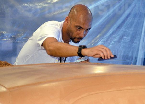 O Clay só pode ser moldado enquanto estiver quente