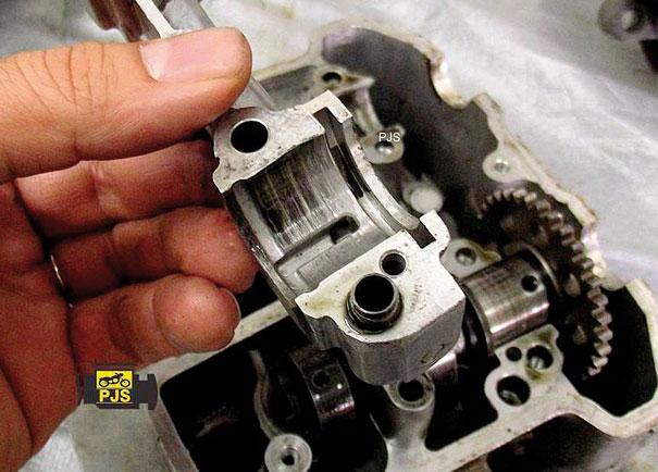 Mancal desgastado, motocicleta: Honda VB 300