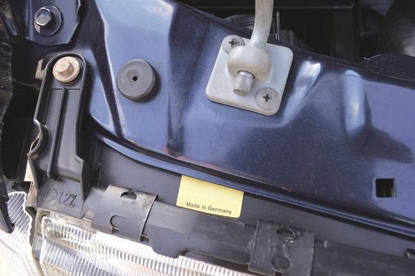 Para agilizar a produção do Vectra aqui no Brasil, a GM optou por trazer algumas peças de fora, caso dos faróis Made in German