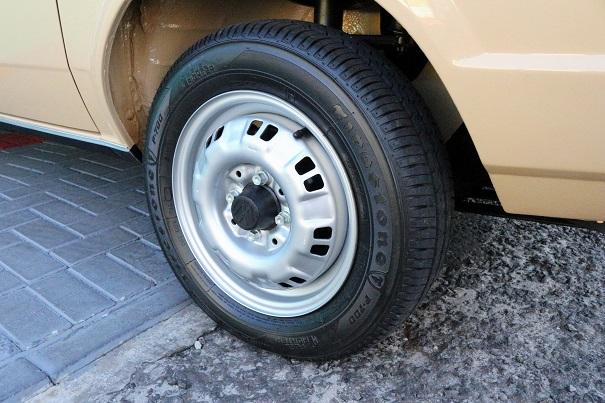 O desenho das rodas aro 13 tinham finalidade refrigerar bem os freios