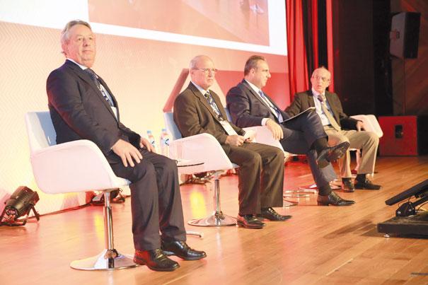 Rodrigo Carneiro (Andap), Heber Carvalho (Sincopeças), Antonio Fiola (Sindirepa) e Elias Mufarej (Coordenador do GMA e Conselheiro do Sindipeças)
