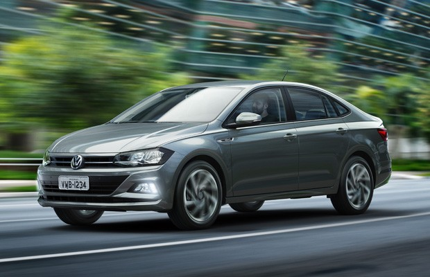 A parte dianteira do Virtus é a mesmo do modelo Novo Polo, também lançado recentemente pela VW. (Foto: Divulgação)