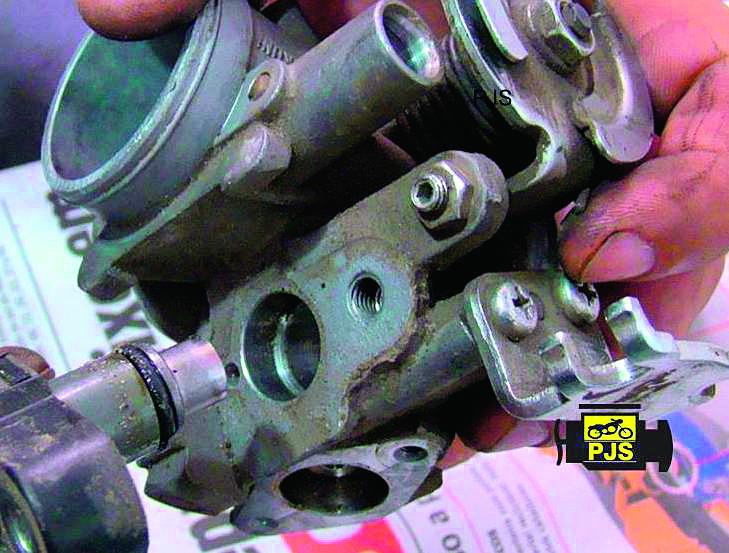Fig.7-Remoção do injetor de combustível, Fazer 250