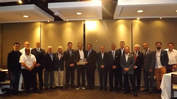 Paulo Skaf participa e representantes do setor prestigiam lançamento