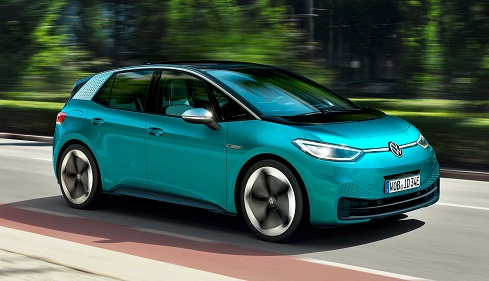 Volkswagen lança hatch 100% elétrico