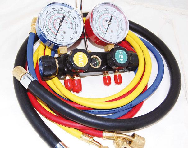 Conjunto de manômetro ou Manifold automotivo - O principal instrumento de medição de pressão do sistema de ar-condicionado automotivo